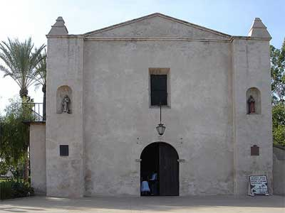 What is the History of Mission San Gabriel Arcangel?